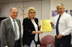 Για την επίλυση κρίσιμων ζητημάτων που αφορούν την ΠΦΥ, και τους ιατρούς ενημέρωσε η Αντιπρόεδρος του ΕΟΠΥΥ κυρία Θεανώ Καρποδίνη που εκλήθη στη σημερινή Συνεδρίαση του ΔΣ του ΙΣΑ.